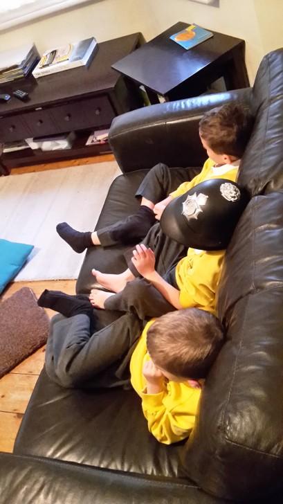 sofa-boys