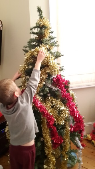 decorating-tree