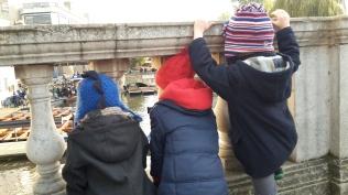 boys-at-bridge
