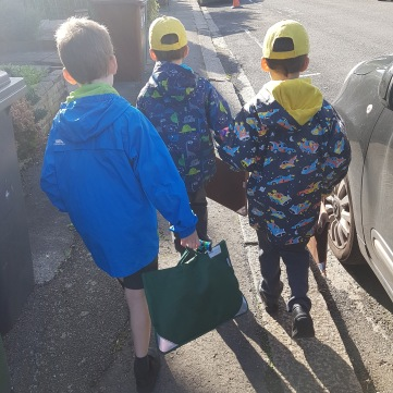 3 school run boys
